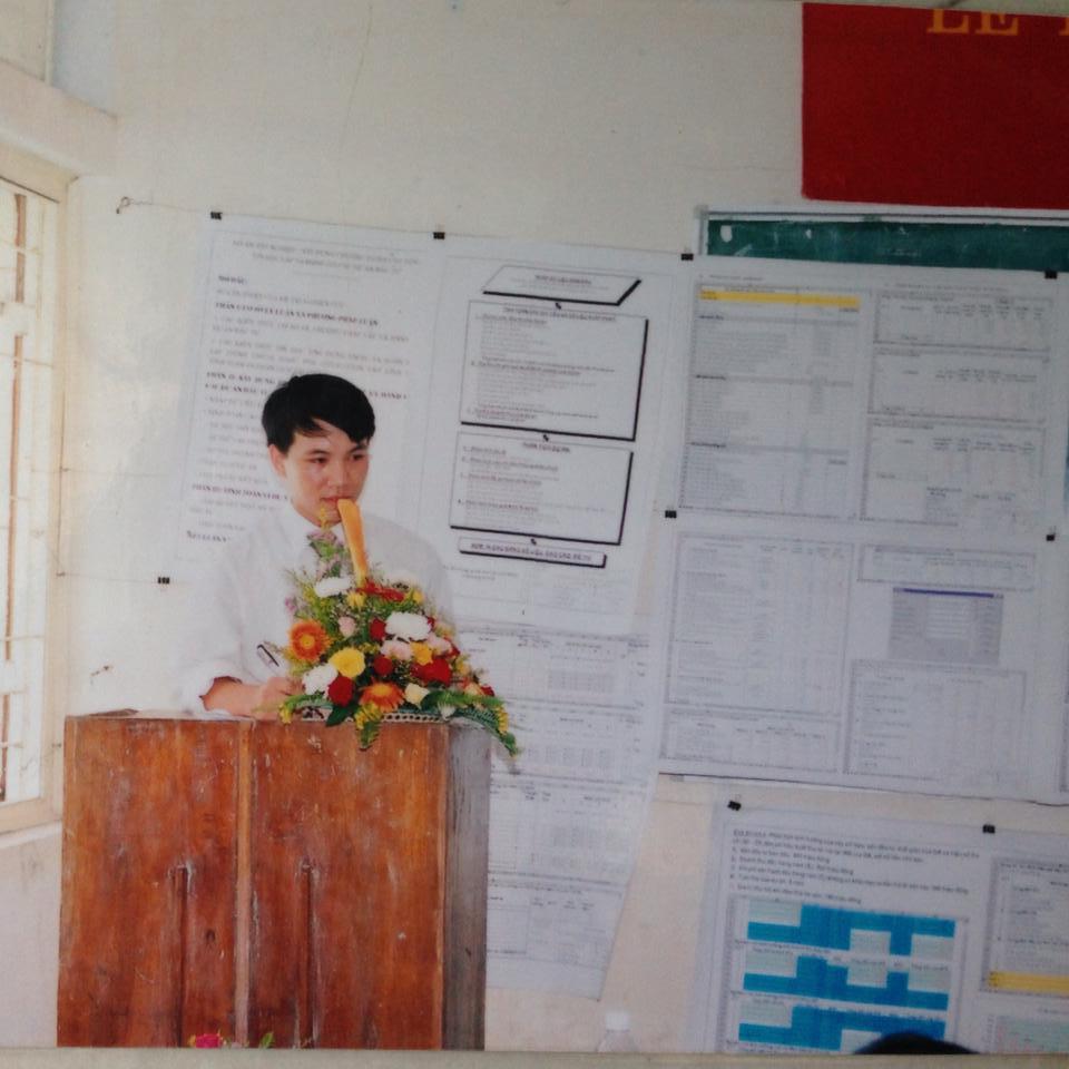 Kỹ sư kinh tế xây dựng bảo vệ đồ án tốt nghiệp