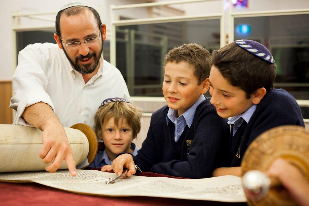 kỹ sư xây dựng học từ người do thái kiến thức tri thức