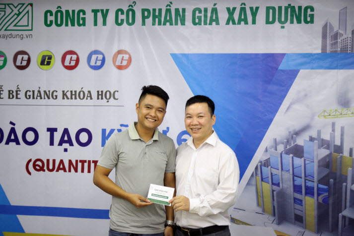 Nguyễn Tuấn Anh thủ khoa Khóa 1 Kỹ sư QS GXD